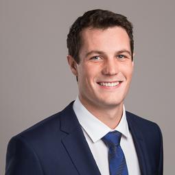 Daniel Lang : Associate